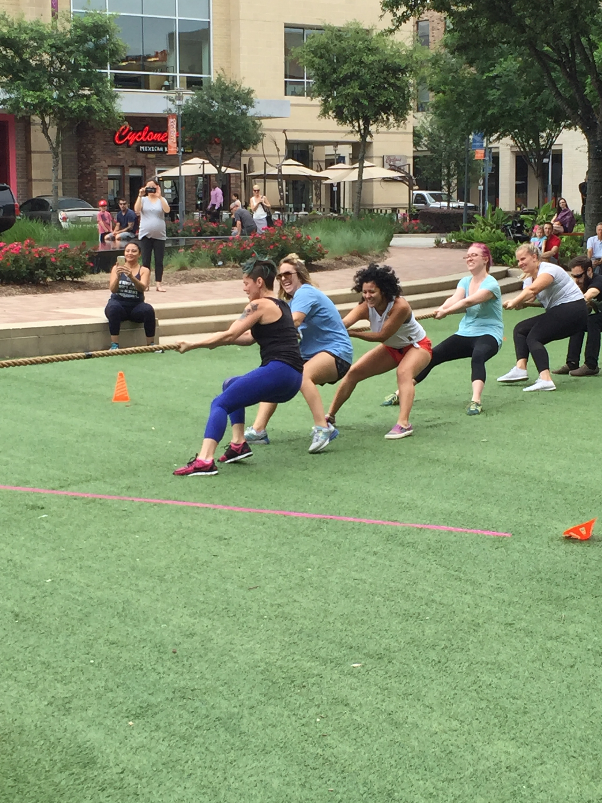 2015 Pull For Puppies Houston TX Team Lululemon Athletica
